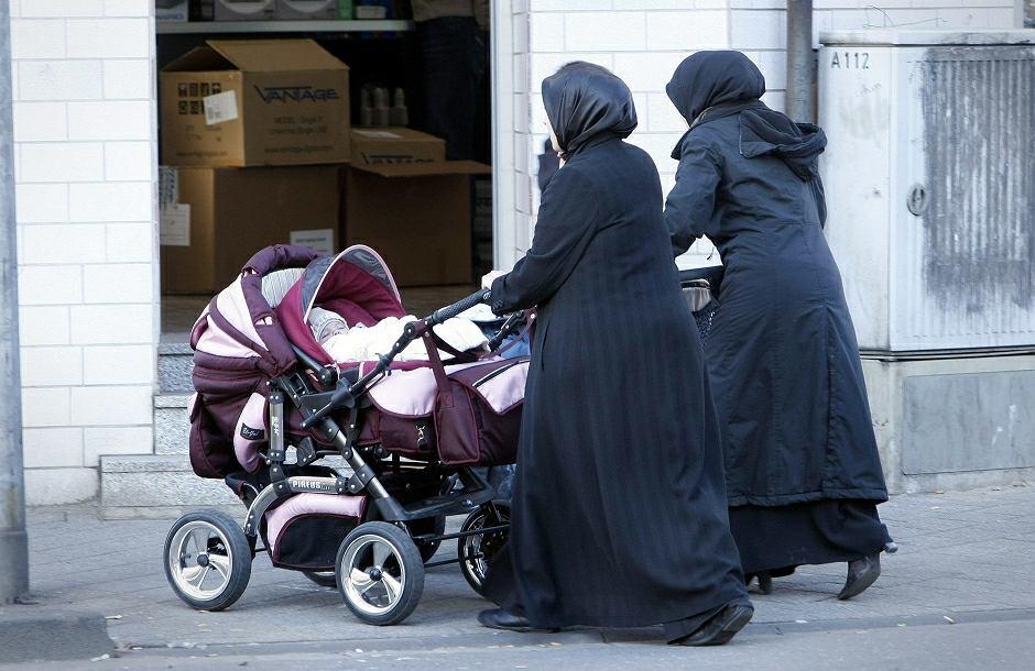 Muzułmanki na ulicy w Niemczech