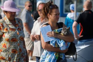 Polska wysy�a pomoc humanitarn� dla ukrai�skich �o�nierzy. W transporcie �ywno��, koce i po�ciel