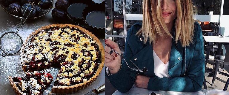5 przepisów na desery bez cukru, ze śliwką w roli głównej