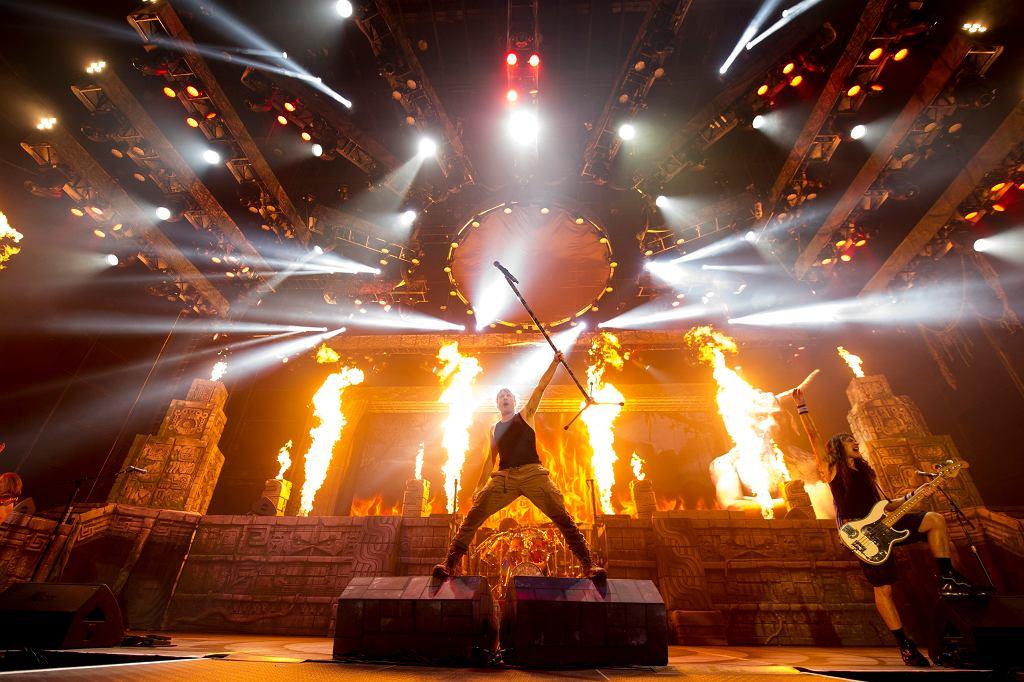 Iron Maiden / JOHN McMURTRIE / B/=%Sc~_RaLCWTb]@c+ks=gfm$ZadTG?