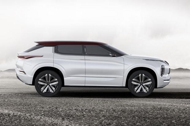 Salon Pary� 2016 | Mitsubishi GT-PHEV | Zapowied� nowego SUV-a