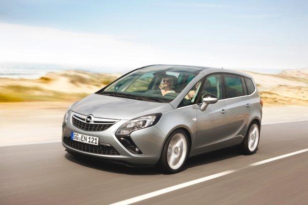 Opel Zafira Tourer z nowym silnikiem 1.6 CDTI
