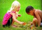 Dziewczyny kontra ch�opcy, czyli komu wolno gra� w pi�k�, a kto ma by� �adny?