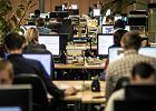 Posady od 3 tys. brutto w górę czekają na chętnych do pracy jak Polska długa i szeroka. Sprawdź