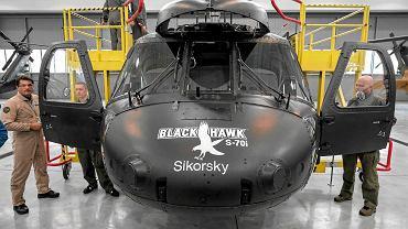 Śmigłowiec Black Hawk w zakładzie w Mielcu