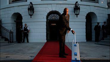 Oprócz prezydenta w Białym Domu pracują dziesiątki osób