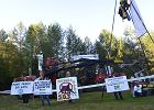 Protest w obronie Puszczy Białowieskiej. Policja pacyfikuje blokadę [AKTUALIZUJEMY]