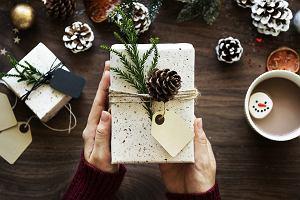 Prezent dla mamy na święta - co kupić i za ile?