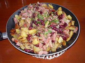 Zapiekanka ziemniaczana z czerwon� fasol� - ugotuj