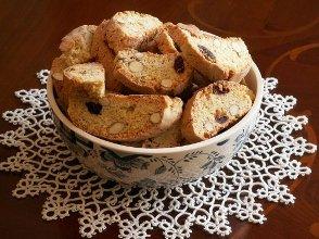 Cantuccini - klasyczne włoskie ciasteczka - ugotuj