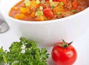 """Zupa """"meksykańska"""" z mielonym mięsem - ugotuj"""