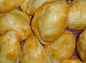 Irańskie słodkie pierożki Ghotaab - ugotuj