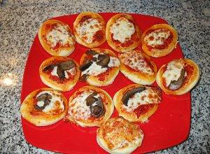 Pizzette (ma�e pizze) - ugotuj
