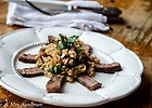 Pietruszkowe risotto z rostbefem i orzechami laskowymi
