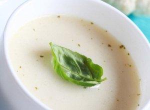 Zupa kalafiorowa z migdałami - ugotuj