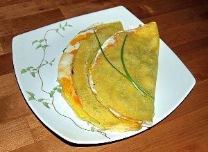 S�oneczne nale�niki z jajkiem i dodatkami