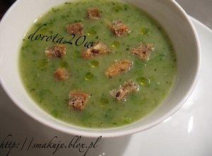 Zielona zupa z sa�aty i cukinii - ugotuj