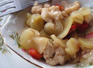 Chrupiąca sałatka z kalafiorem - ugotuj