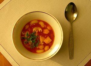 Pomidorówka z ciecierzycą