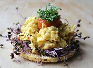 Tartinki z jajecznicą - ugotuj