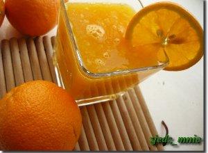 �wie�y sok z pomara�czy