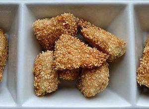 Sezamowe k�ski z kurczaka - ugotuj