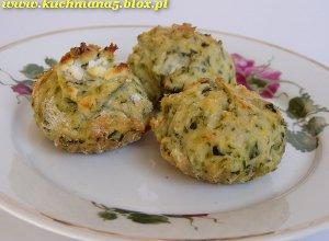 Muffinki z fet� i szpinakiem