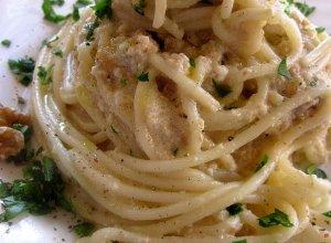 Spaghetti z orzechami (Spaghetti alle noci)