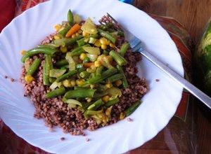 Kasza gryczana z warzywami - ugotuj