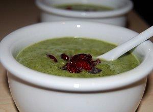 Zupa krem szpinakowo-broku�owy - ugotuj