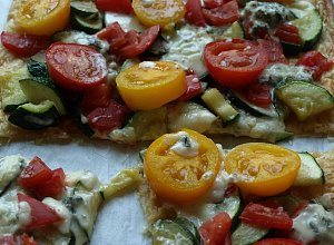 Tarta z cukini�, pomidorami i serem rokpol