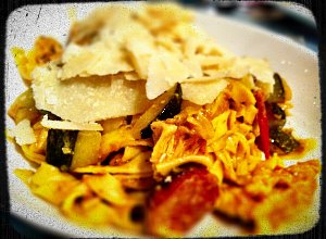Spaghetti z cukini� i chorizo