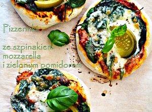 Pizza ze szpinakiem i zielonym pomidorem - ugotuj