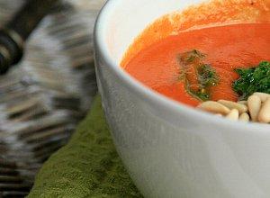 Krem pomidorowy z bazyliowym pesto - ugotuj