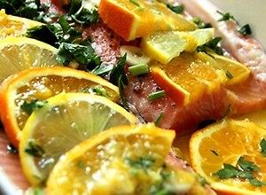 Pstrąg pieczony z pomarańczami - przepis blogera