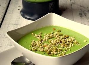 Zupa krem z zielonego groszku - przepis blogera - ugotuj
