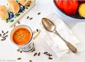 Zupa minestrone z pieczoną papryką - przepis blogera - ugotuj