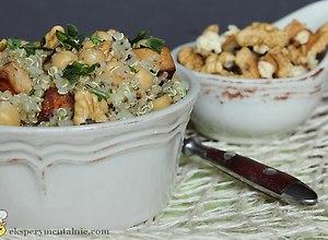 Quinoa z tofu i ciecierzyc� - ugotuj