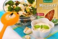 Sa�atka broku�owa z migda�ami - ugotuj