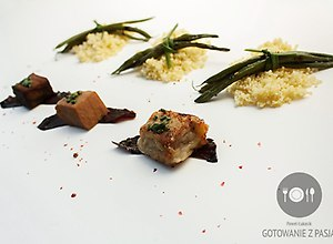 Sa�atka z marynowanego tu�czyka w sosie sojowym na trzy sposoby - ugotuj
