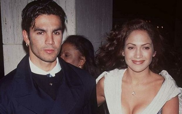 PHOTO: EAST NEWS/REX FEATURES  JENNIFER LOPEZ AND HUSBAND OJANI NOA  'THAT OLD FEELING' FILM PREMIERE, LOS ANGELES, AMERICA - 1997