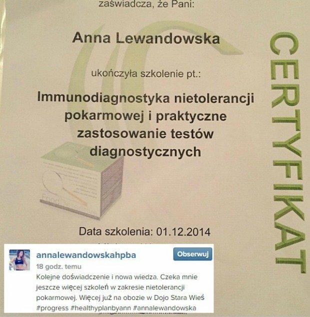Anna Lewandowska chwali się dyplomem