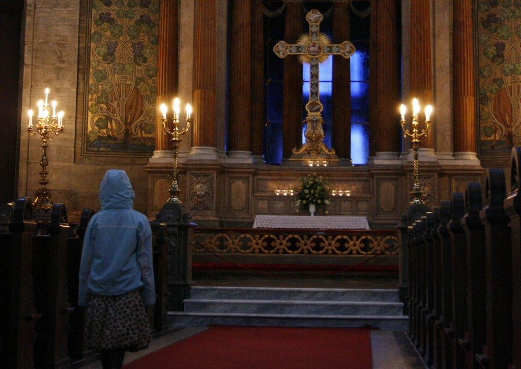 Karolina zapewnia, że mając za męża Jezusa nie czuje się samotna (fot. Pablo Herrera Cruz / Flickr.com / CC BY-SA 2.0 / zdjęcie ilustracyjne)