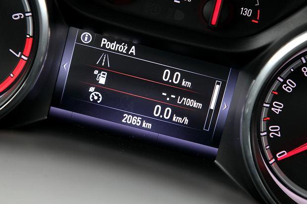 Modne ubrania Opel Astra 1.4 Turbo | Test spalania VU91