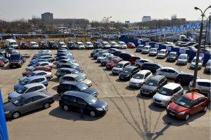 Import samochodów używanych | Polacy jeżdżą złomem