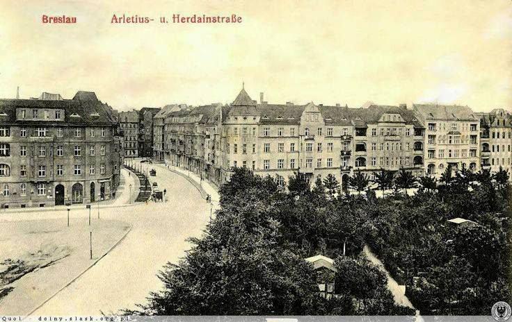https://bi.gazeta.pl/im/0c/2b/11/z18002956V,Ogrodki-dzialkowe-w-Breslau-przy-Herdeinstrasse.jpg