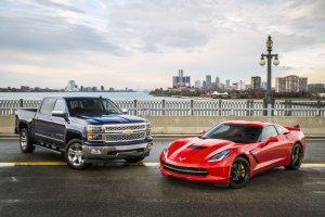 Chevrolet Silverado i Chevrolet Corvette Stingray - NACOTY 2014