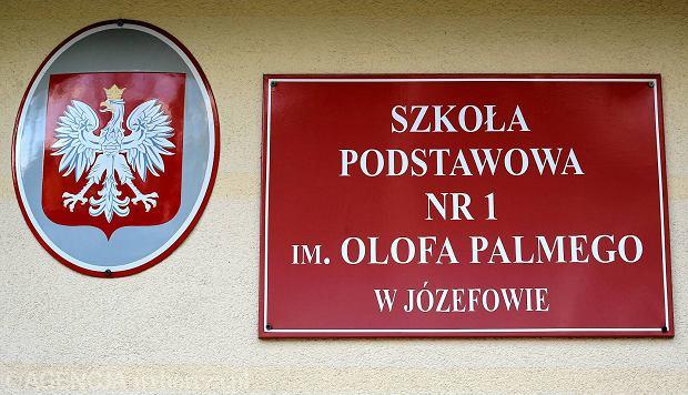 15.04.2016 Jozefow. Szkola Podstawowa im. Olofa Palmego . Fot. Jacek Marczewski / Agencja Gazeta