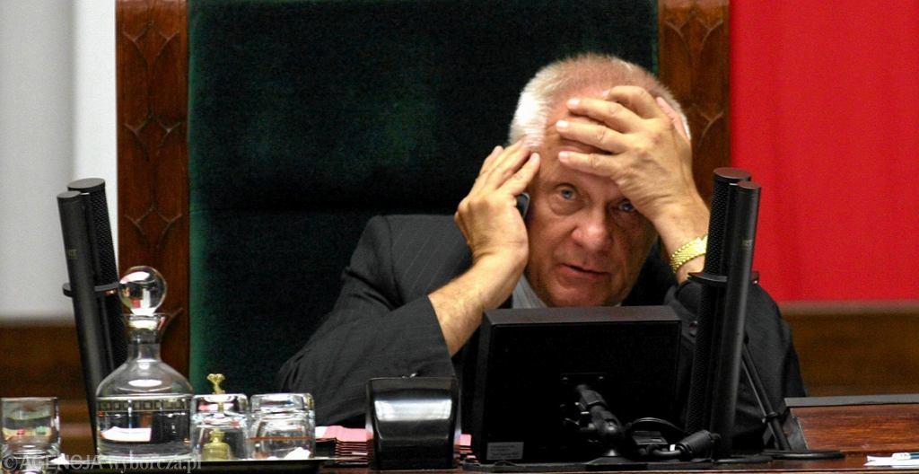 Stefan Niesiołowski jako wicemarszałek Sejmu (fot. Sławomir Kamiński/AG)