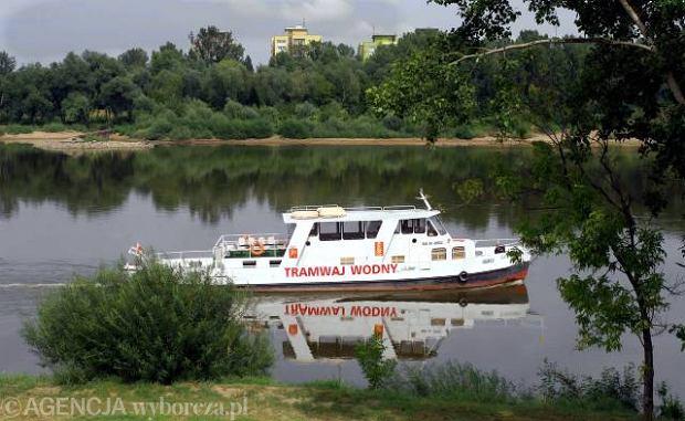 01.08.2006 Tramwaj wodny na Wiśle.